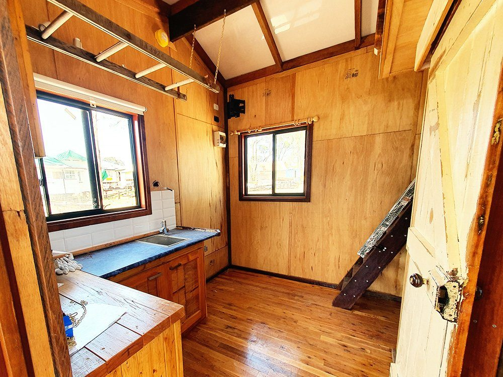 Gypsy Cabins, Cabin Builder Australia, Character Filled Cabins, Modular homes, build relocatable houses and cabins, Tiny homes, recycled materials, upcycled cabins, bespoke, Queenslander, log cabins, off-grid living, solar, power-down, down cycle, tree changing, live off-grid, carbon footprint living, low carbon footprint housing, relocatable home, Customised Work Spaces